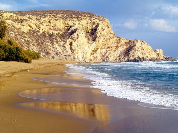 Le meravigliose spiagge di Anafi (foto da Flickr)