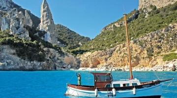 Sardegna, tra spiagge e grotte segrete: cala Goloritzé