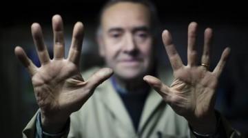 """Firenze: """"Mani che raccontano"""" è il titolo della mostra realizzata per Artigianato a Palazzo (13-15 maggio, Giardino Corsini) con gli scatti di Juri Ciani"""