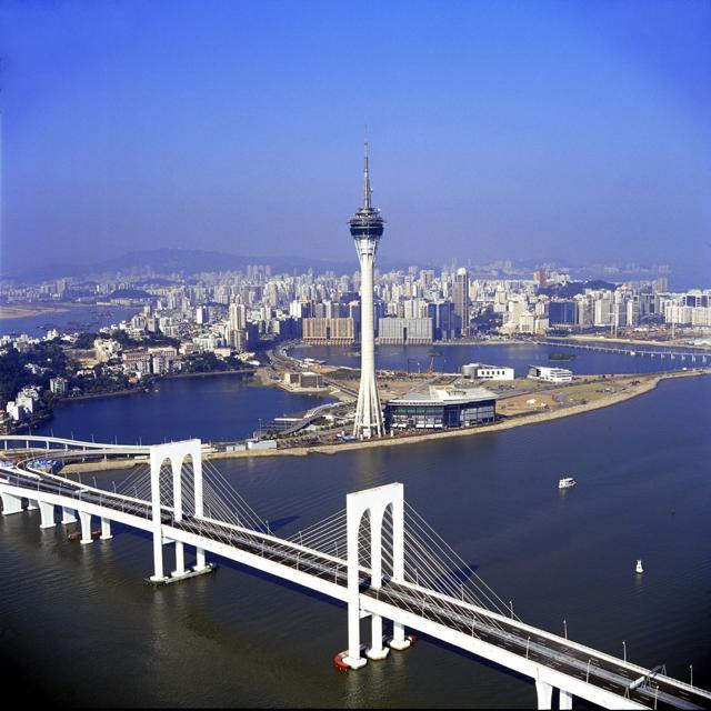 I 10 skywalk più adrenalinici del mondo