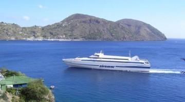 Lipari (nella foto la località Monterosa) è la maggiore delle isole Eolie, Sicilia