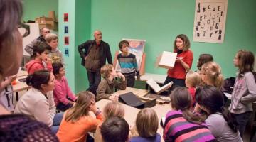 Un workshop per i più piccoli organizzato nel museo della carta (foto: Ville Bruxelles)