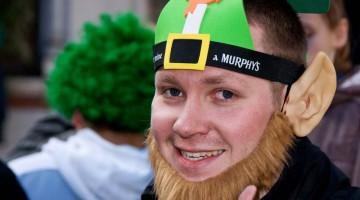 Irlanda in festa: simboli irlandesi sono anche il verde trifoglio e i dispettosi folletti (foto: Flickr/el_floz)