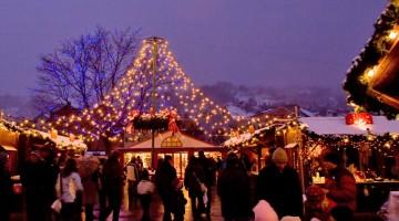 Il mercatino della Marktplatz è tradizione ad Innsbruck e quest'anno è dedicato alle famiglie