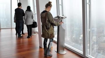 Al livello 69 c?è l?esperienza sorprendente ovvero le finestre che mostrano la città a 360°, grazie anche a moderni telescopi digitali (foto: The View from the Shard)