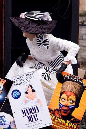 I biglietti per il musical a Londra vanno a ruba, ma è possibile acquistarli a prezzi last minute in alcuni chioschetti della città (foto: Flickr/Primeros)