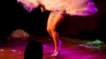 Frizzante e sensuale lo spettacolo al The Slipper Room: chi entra deve lasciare fuori ogni tabù