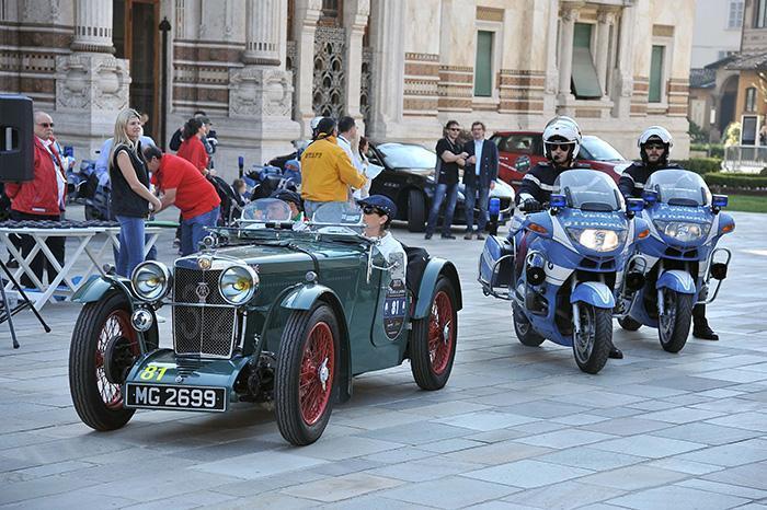 La gara delle auto storiche