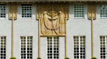 Glasgow. particolare della House for an Art Lover, progettata da architetto Charles Rennie Mackintosh (foto: Alamy/Milestonemedia)