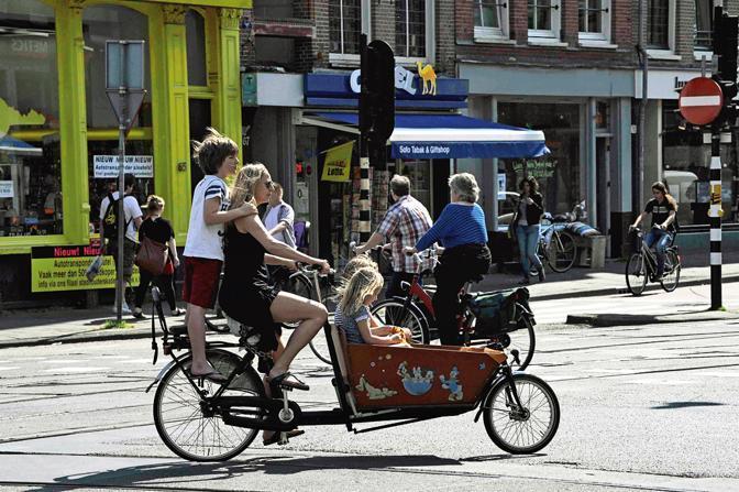 Amsterdam anti-crisi