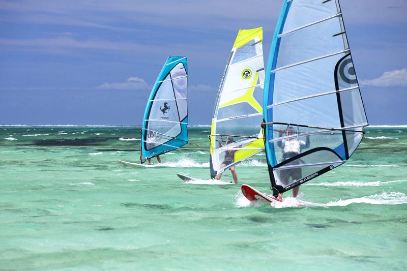 Mauritius: le onde migliori s?incontrano nella zona intorno a Tamarin, meta prediletta dai surfisti grazie alla presenza quasi costante di vento