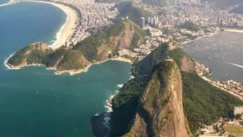 Sensuale e innovativa. Rio de Janeiro offre ai visitatori musei, hotel di charme, gallerie d'arte e antiquari (foto Alamy/Milestonemedia)