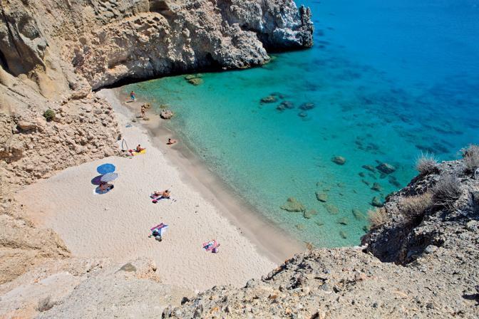 Milos, le spiagge più belle dell'Egeo