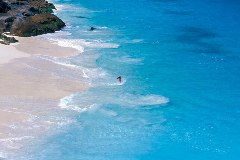 Desroches Island, lunga 6 km e larga 1, è la più grande delle Amirantes