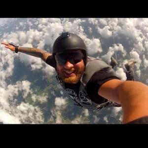 Selfie estremi: il giro del mondo degli autoscatti da brivido