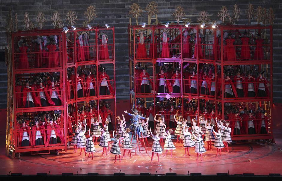 Foto Roméo et Juliette di Charles Gounod  all'Arena di Verona