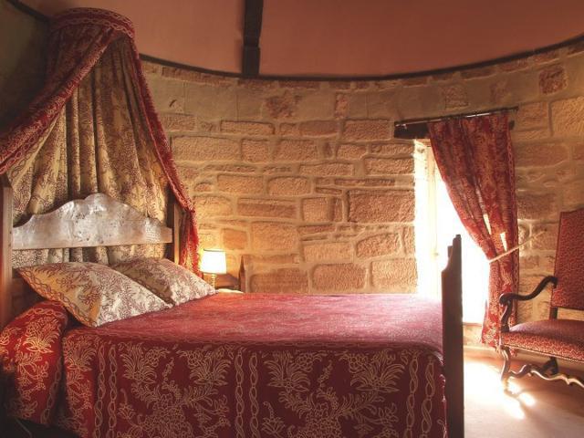 Cenerentola è al cinema: 10 castelli da favola. In cui puoi dormire davvero