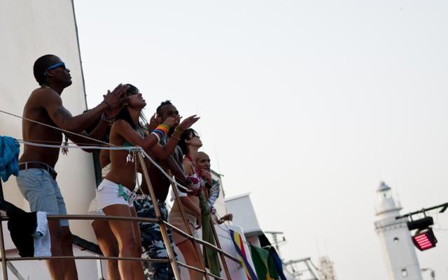 Foto Riviera romagnola: via alla pazza estate