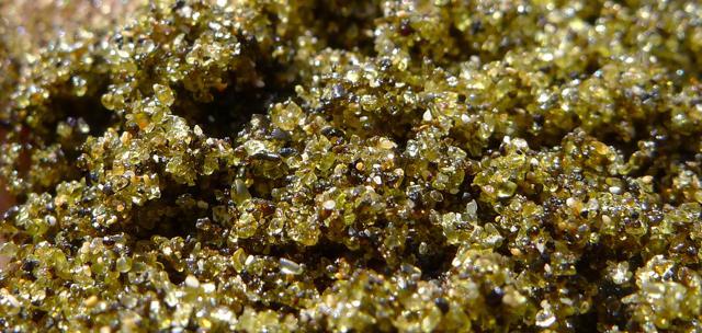 Spiagge multicolor: quando la sabbia dà spettacolo
