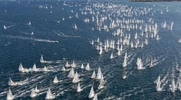 La celebre Barcolana davanti al porto di Trieste , contemporanea al meeting, sarà un ottima occasione per scatti spettacolo da condividere on line(foto: Borlenghi)