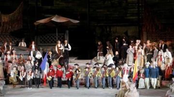 Del Maestro Franco Zeffirelli, regia   e scene dell'allestimento della Carmen in programma quest'anno. Foto Ennevi, per gentile concessione della Fondazione Arena di Verona
