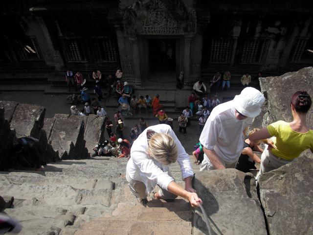 Discese ardite: le scale più paurose del mondo
