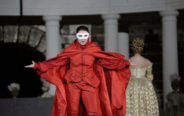 """Arena di Verona, quando i costumi """"in-cantano"""""""