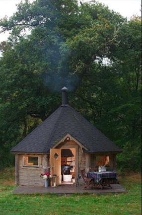 Dormire con gli hobbit: le case-vacanza per i fan di J.R.R. Tolkien