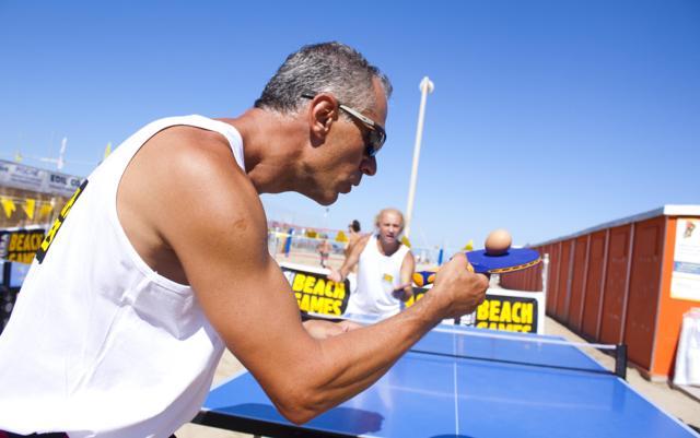 """Le Olimpiadi degli  sport da spiaggia. Nuovi e """"vintage"""""""