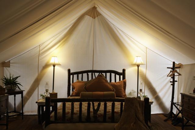 È il momento del glamping: 15 posti per un campeggio da re e regine