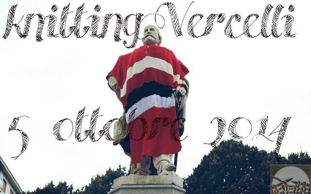 Foto Knitting: lo show della lana urbana a Vercelli