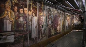 Con oltre quaranta scene su cinque livelli, gli affreschi sono una sorta di spettacolare  graphic novel rinascimentale