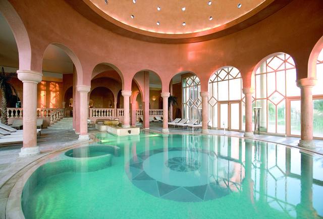 L'hot spot di The Residence Tunis  è la spa Les Thermes Marines de Cartage.