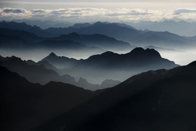Grandi silenzi e cime innevate: la magia dell'inverno nell'Oasi Zegna