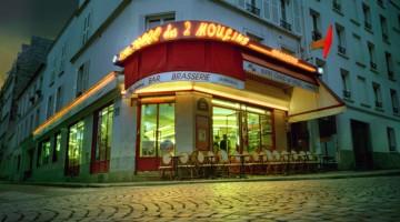 """Il Café des 2 Moulins di Parigi nel film """"Il favoloso mondo di Amélie"""" (foto: Bruno Calvo)"""