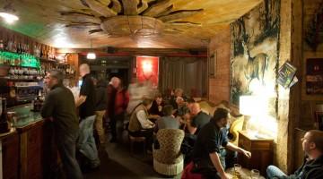 Il Bar Roma, perfetto per un ricco aperitivo in centro