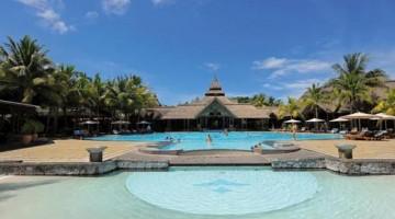 Il Beachcomber Shandrani Resort & Spa si trova su una penisola privata lambita dal Blue Bay Marine Park