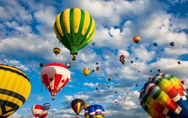 Foto Tendenza mongolfiera: voli spettacolo dal mondo