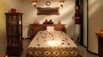 Massaggi per tonificare e rilassare il corpo alla Spa del [http://prenota.doveviaggi.corriere.it/hotels/selectCategoryHotel.do?partnerId=764422&skin=dove_viaggi&CATID=1339&accommCode=1000333210-0-5-GH%3A1%24v1v%24&locale=it_IT&tabSelection=images&730=730]Kempinski Hotel Corvinus Budapest[/url] (foto: ufficio stampa Kempinski)