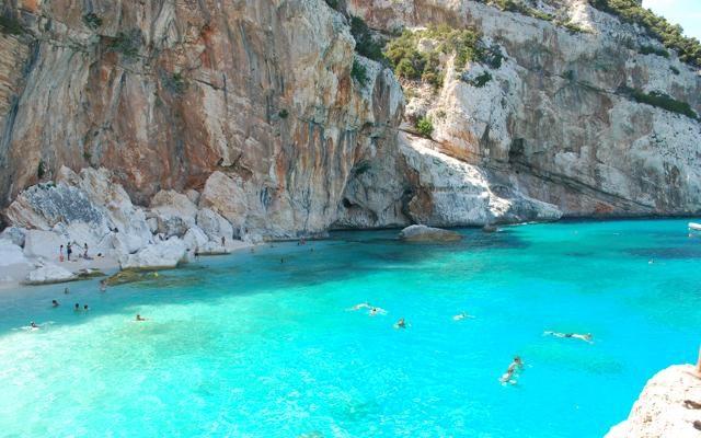 Foto Sardegna: le spiagge mozzafiato