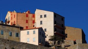Le tipiche casette della Cittadella di Terra Nova, a Bastia