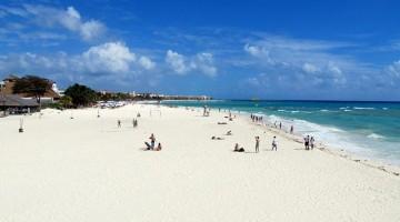 Una veduta di Playa del Carmen, una delle spiagge più rinomate del Messico (foto: Flickr/daryl_mitchell)