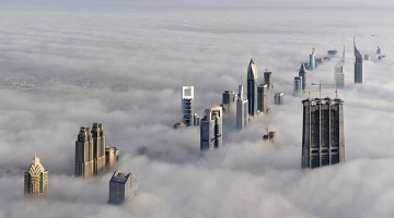 Dubai vista dall'alto: l'altezza di alcuni grattacieli supera gli 800 metri di altezza
