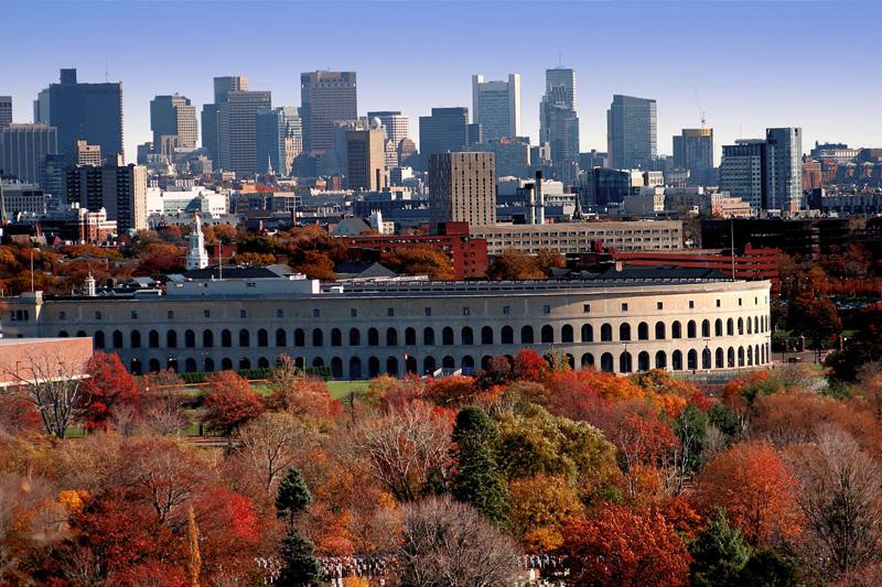 Il parco cittadino attorno alla Harvard Univeristy (foto Alamy/Milestone Media)