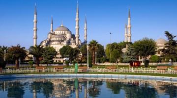 La Moschea Blu di Istanbul (foto Alamy/Milestone Media)
