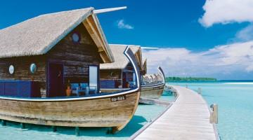 Bungalow su barca nell'isoletta di Makunufushi, vicino al Canale di Kandooma