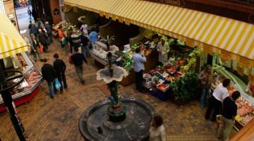 L'English Market, il mercato coperto vittoriano di Cork (foto: Ente del Turismo Irlandese/Andrew Bradley)