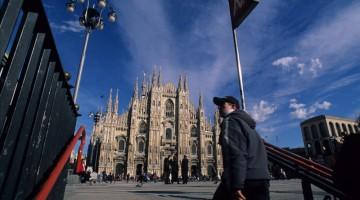 Il Duomo e la sua Madonnina, sono il simbolo di Milano: alla destra del Duomo c'è Palazzo Reale, sede di importanti mostre temporanee (foto: Flavio Pagani)