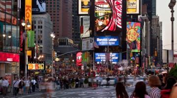 Times Square è uno dei maggiori incroci del distretto newyorkese di Manhattan. (foto: Alamy/Milestonemedia)
