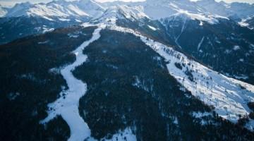 Ma per chi ama lo sci alpino il massimo è la Piste de l'Ours, a Veysonnaz, classificata dagli esperti come una delle piste più belle del mondo.